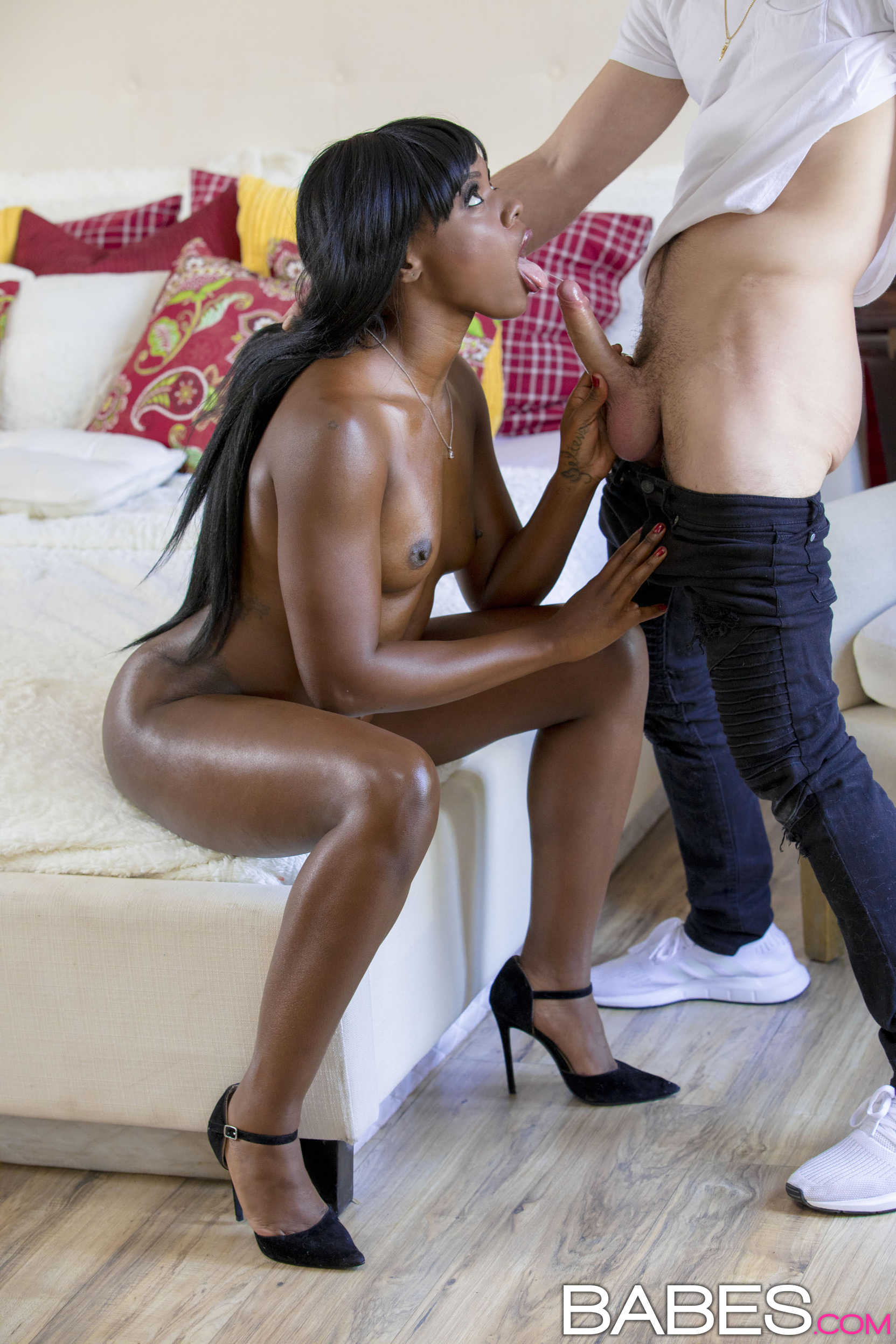 Tyra Foxx Loves White Dick And White Cum