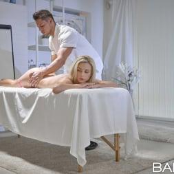 Vinna Reed in 'Babes' Sweet Little Lies (Thumbnail 56)